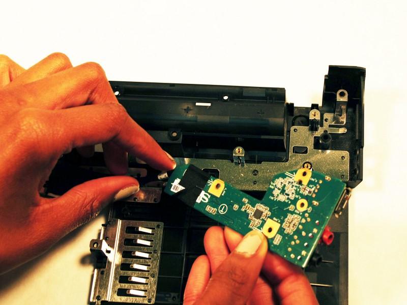 Замена платы аудио разъемов ноутбука Sony Vaio VPCW21FX