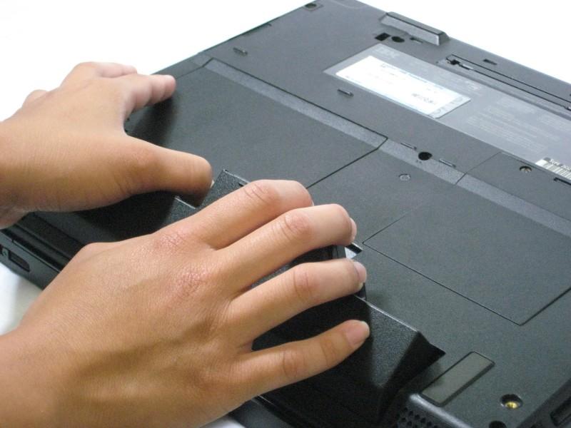 Замена плат модема и Ethernet в IBM ThinkPad A30