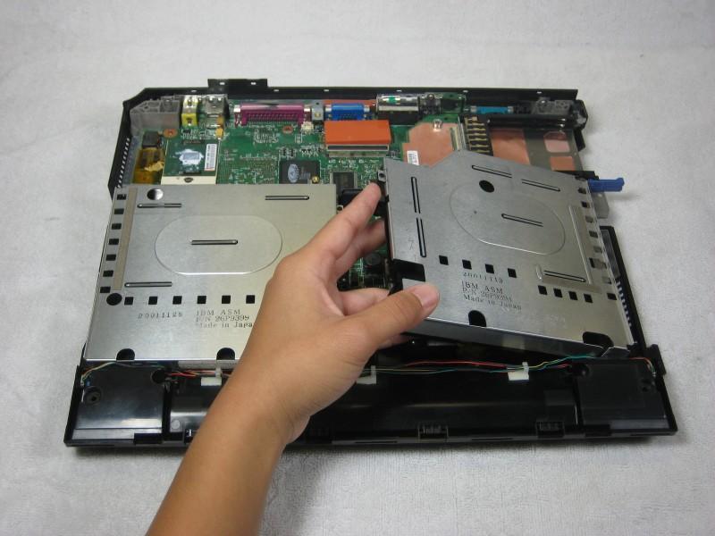 Замена звуковых динамиков в IBM ThinkPad A30