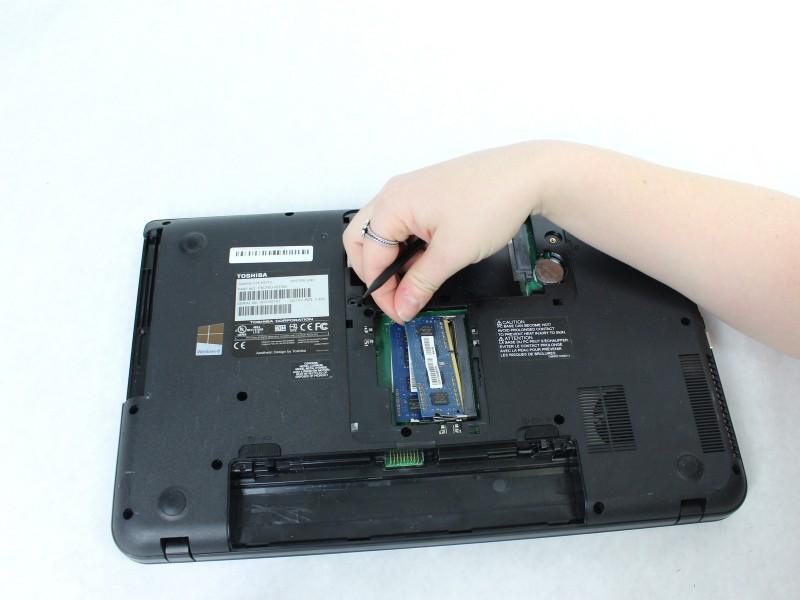 Замена ОЗУ в ноутбуке Toshiba Satellite C55-A5310