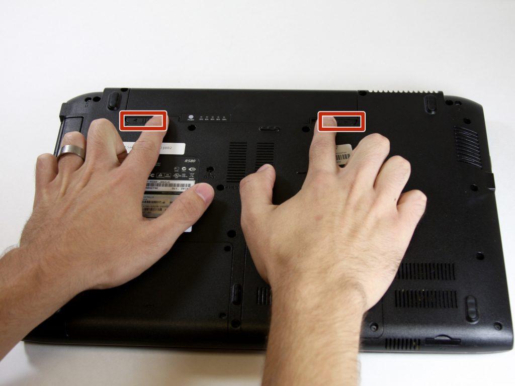 Замена батареи на ноутбуке Samsung NP R580 JBB2
